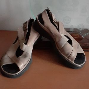 Thierry Rabotin low Platform Sandals 5.5